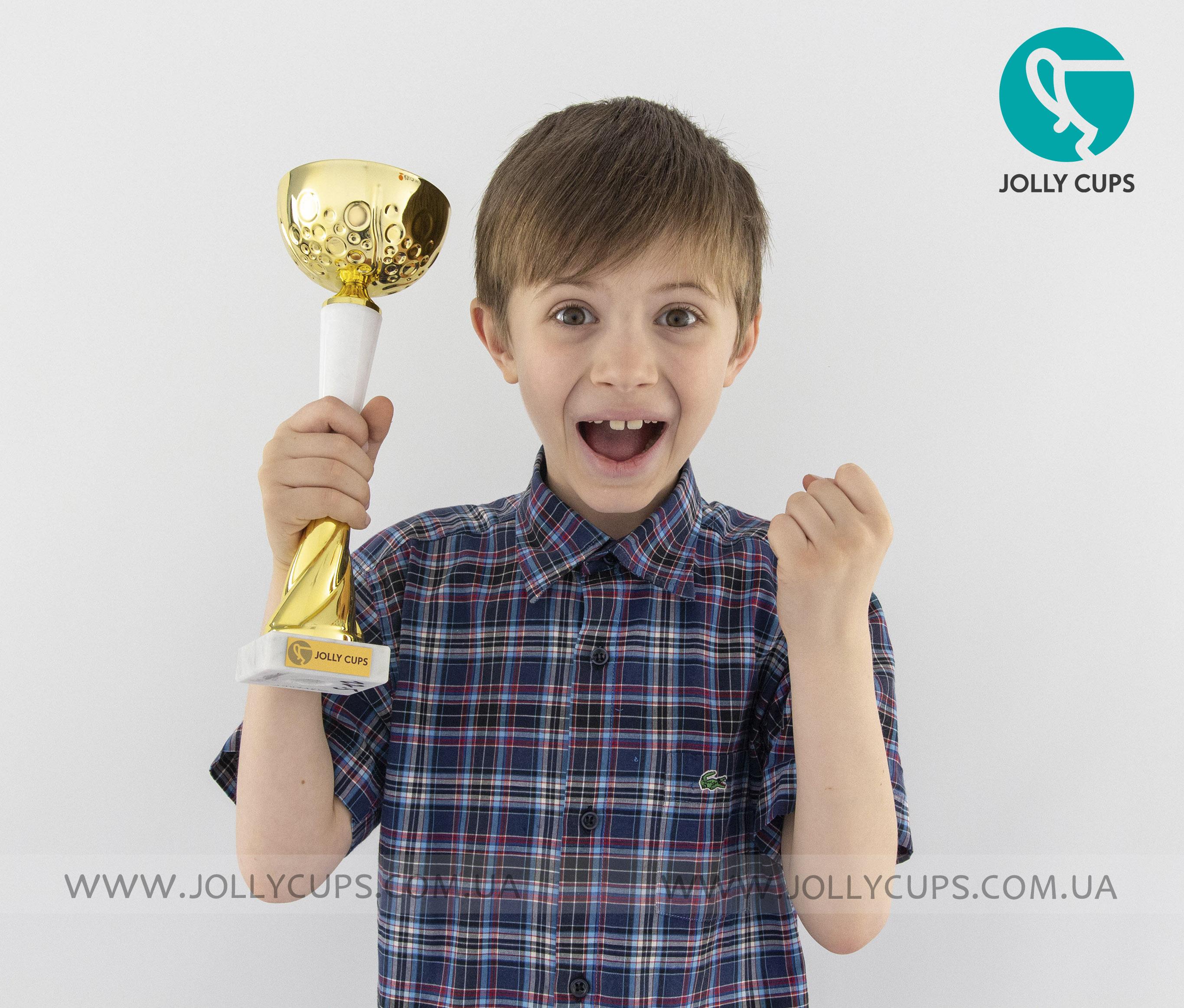 Купити кубки нагороди для дітей Дарлінг White