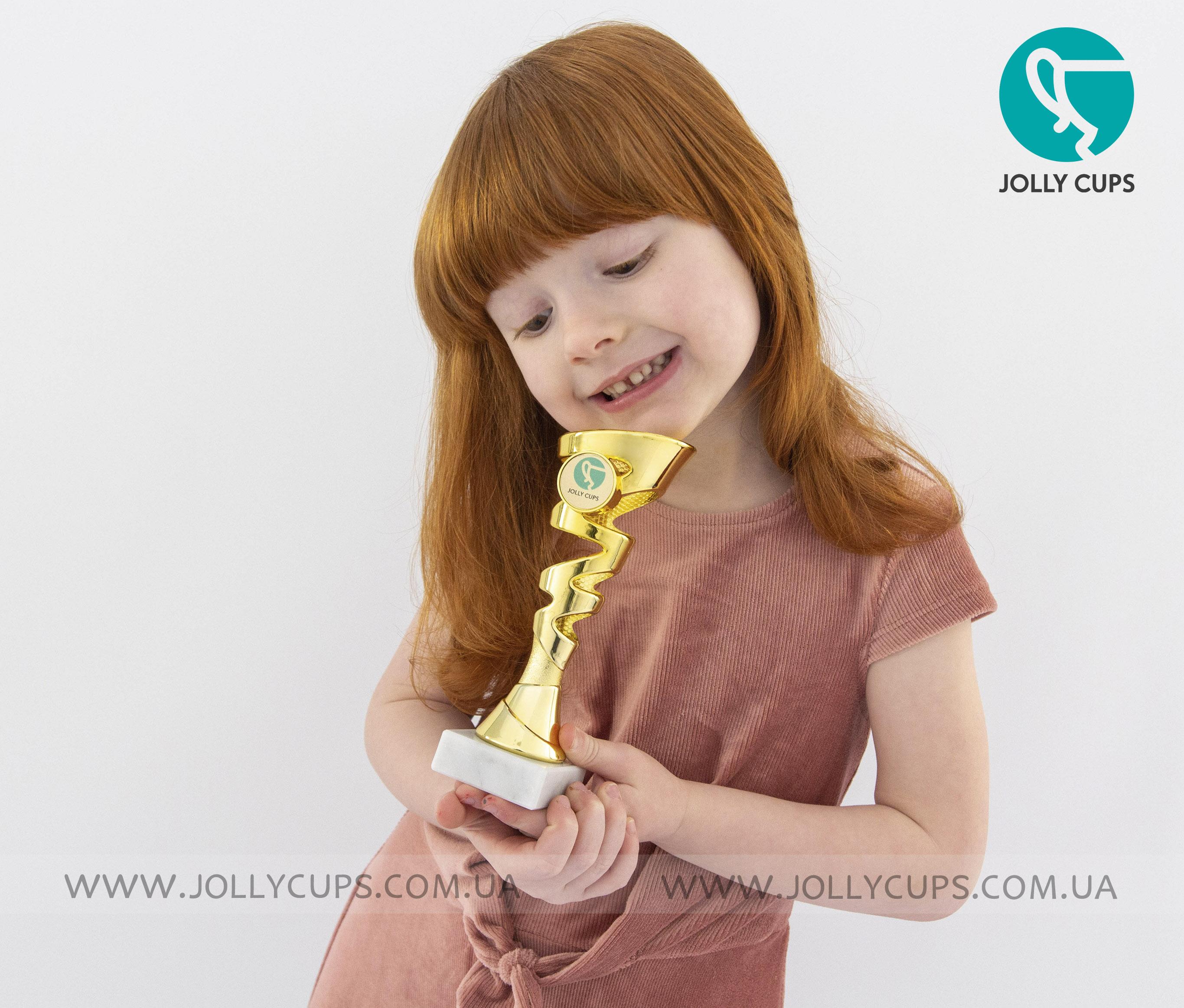 Купити кубки нагороди для дітей Трапані Gold
